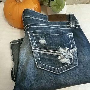 BKE Stella Distressed Jeans